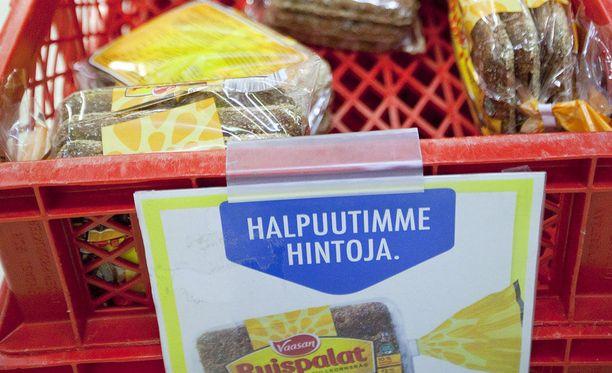 Luonnollnen seuraus vai sankariteko? S-ryhmän halpuutuskampanja alkoi vuonna 2015, vuosi sen jälkeen, kun ruuan tuottajahinnat kääntyivät laskuun.