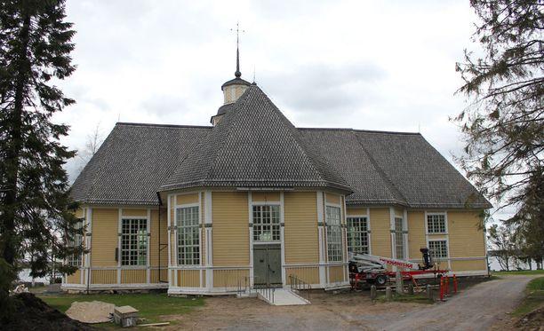 Lappajärven kirkossa sattui ikävä tilanne.