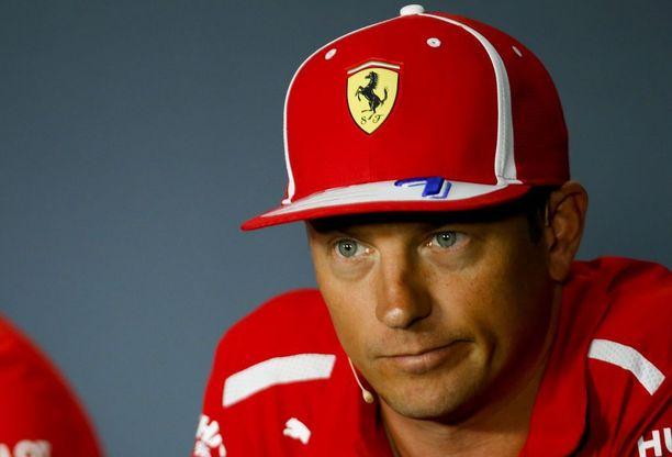 Kimi Räikkönen ajaa Ferrarilla jo kahdeksatta kauttaan. Suomalaisveteraani on ollut Maranellossa - ja F1:ssä ylipäätään - suosittu, koska ei halua pelata minkäänlaisia pelejä. Nyt tämä piirre on kuitenkin kyseenalaistettu.