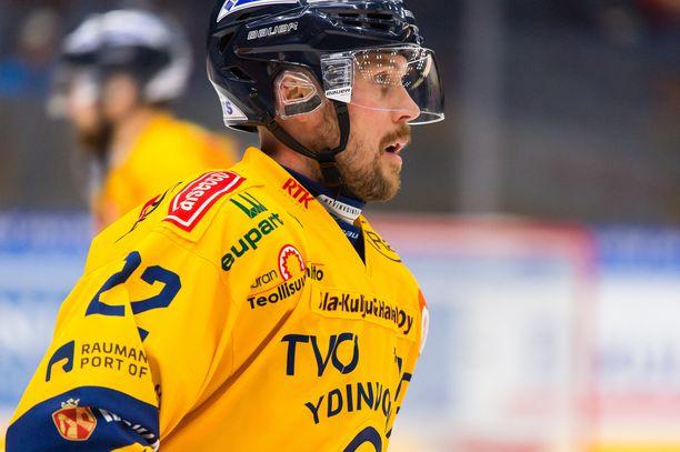Toni Koivisto oli voittomaalikisan sankari ja ratkaisi 2-1-voiton Lukolle.
