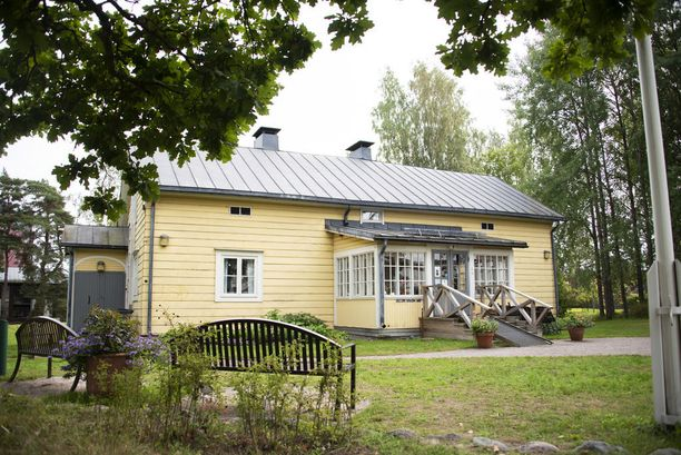 Ylistalo on säilynyt uniikkina ja ainoana kohteena Yliskylän kartanon rakennuksista. Muita ei ole enää.