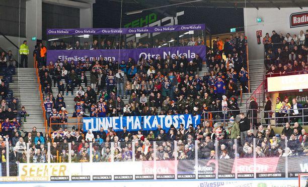 Tapparan ja Kärppien ottelussa oli 6 629 katsojaa.