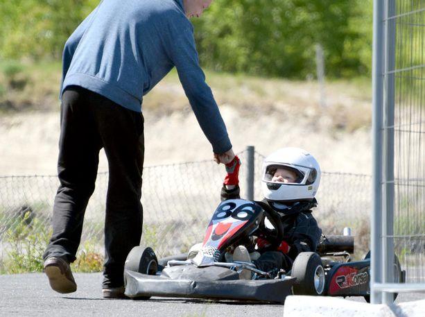 Otto Lahtinen aloitti mikroautoilun viime vuonna ollessaan 5-vuotias.