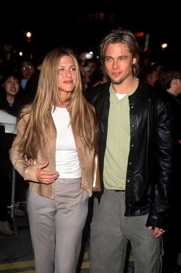 Brad Pittiä ja Jennifer Anistonia pidettiin aikoinaan Hollywoodin unelmaparina.