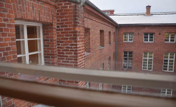 Kuvassa Riihimäen vankila, jossa on Suomen korkein turvaluokitus.