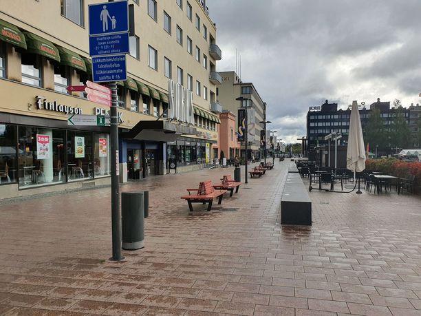 Mikkelin keskustan kävelykadulla on torstaiaamuna hiljaista.