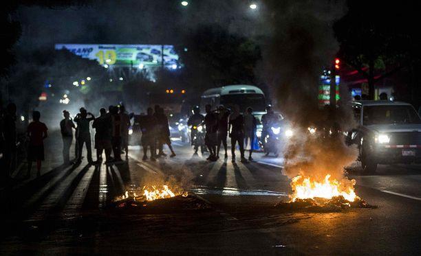 Ainakin 83 ihmistä on saanut surmansa keskiviikkona uudelleen puhjenneissa levottomuuksissa Nicaraguassa.