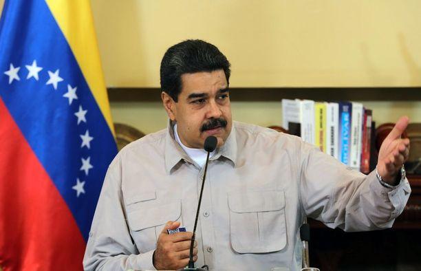Presidentti Nicolas Maduron mukaan ratkaisu nälänhätään on kanien syöminen.