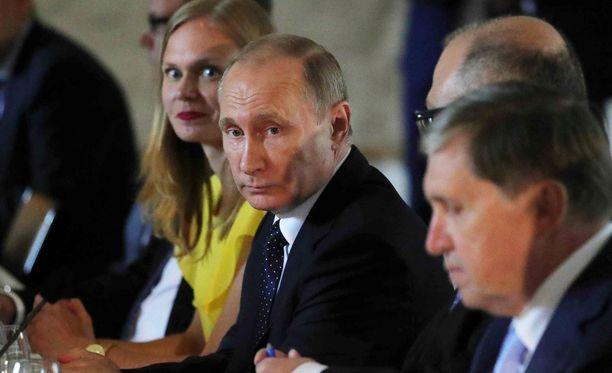 Venäjän tiedotusvälineissä julkaistiin tapaamista koskevia ennakkojuttuja aiemmin tällä viikolla.