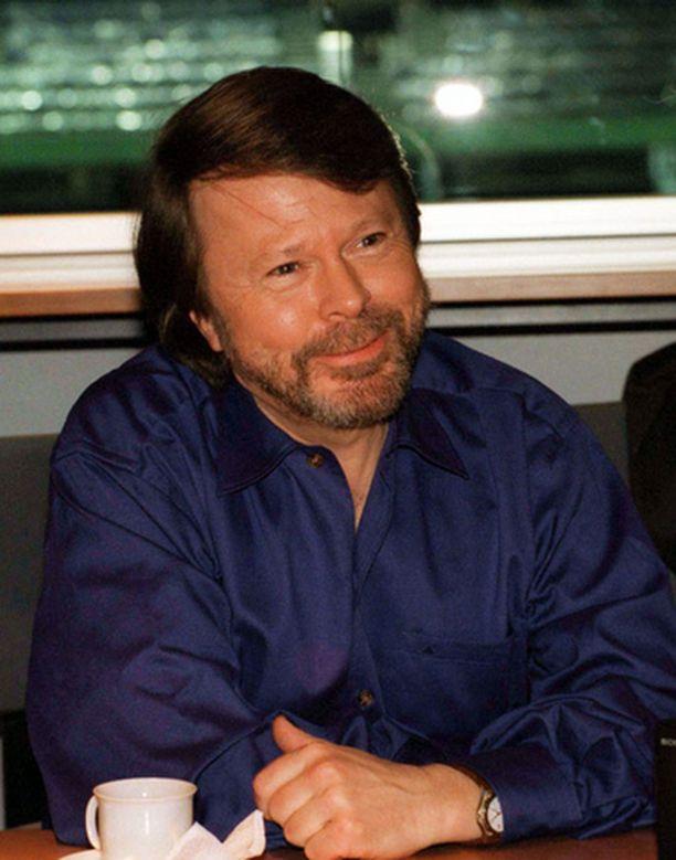 Björn Ulvaeus vei Benny Anderssonin kanssa vanhan käsikirjoituskiistan käräjäoikeuteen.