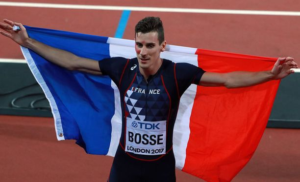 Pierre-Ambroise Bosse juhli Lontoossa maailmanmestaruutta.