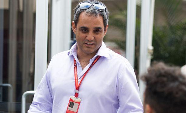 Juan Pablo Montoya jutteli Austinissa muun muassa Red Bull -kuskien kanssa.
