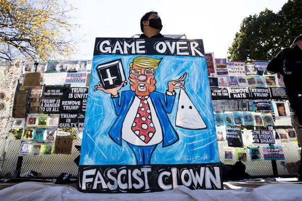 Tämän herran mielestä presidentti Donald Trumpin peli on ohitse.