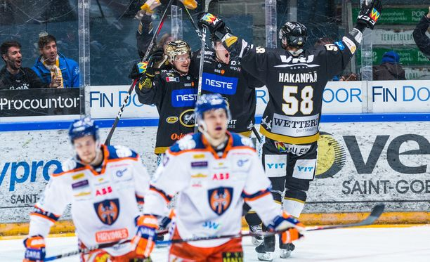 Julius Junttila johdatti Kärpät avausvoittoon finaaleissa.