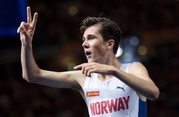 Jakob Ingebrigtsen tuuletti myös viime kesänä Berliinin EM-kisoissa.