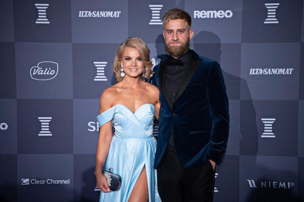 Janni Hussi ja Joel Harkimo ovat seurustelleet syksystä saakka.