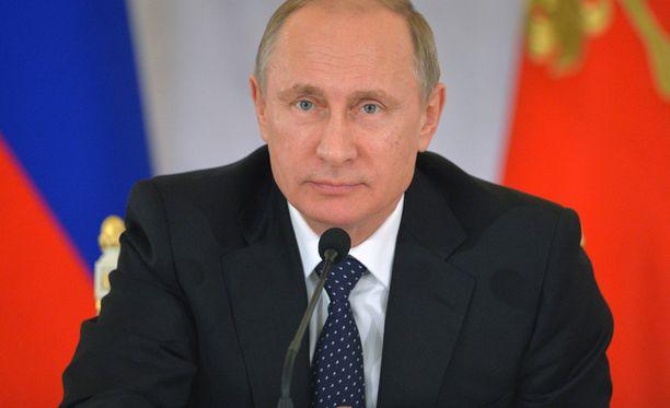 Lehditöedustajan mukaan kansa rakastaa Putinia samalla tavalla kuin se rakastaa Venäjää.