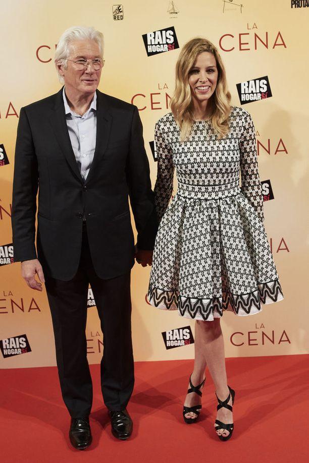 Richard Gere ja Alejandra Silva ovat seurustelleet vuodesta 2014.