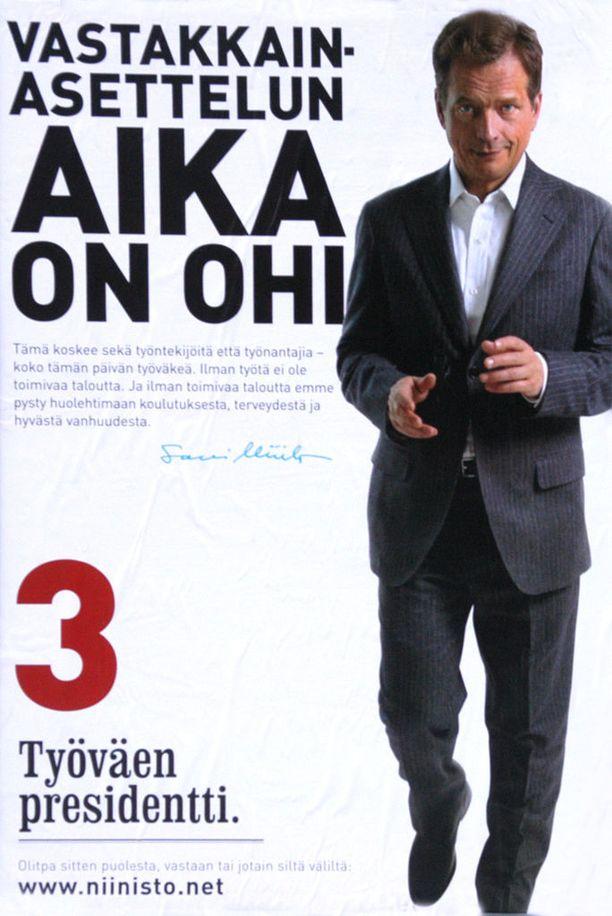 Presidentinvaalimainos vuosimallia 2006. Niinistön ääniosuus toisella kierroksella oli 48,2 prosenttia, ja Tarja Halonen (sdp) pääsi toiselle kaudelle.