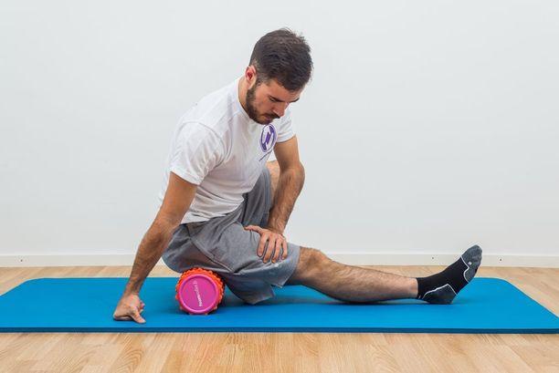 Putkirullan avulla saa hierottua kehon muun muassa rennommaksi ja liikkuvammaksi.