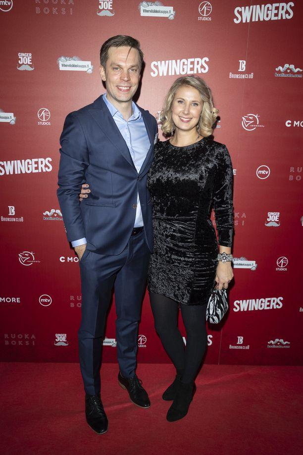 Mikko Nousiainen ja Linda Wiklund ovat saaneet tyttären.