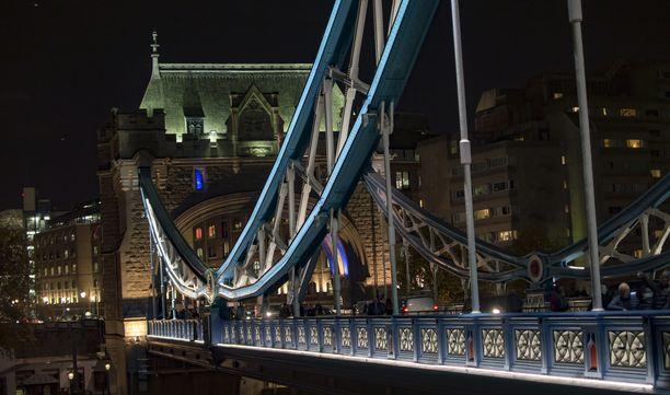 Pyöräonnettomuus tapahtui lähellä London bridgeä. Kuvituskuva.
