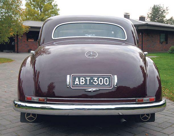 MUSEOREKISTERISSÄ Adenauer-Mersu on huolella entisöity ja rekisteröity museoautoksi.