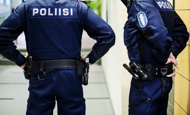 Hämeen poliisi selvittää kahta samana viikonloppuna tapahtunutta henkirikosta. Kuvituskuva.