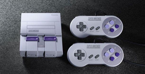 Uudessa Super Nintendon retroversiossa on esiasennettuna 21 peliä. Perinteiset pelikasetit laitteeseen eivät sovi.