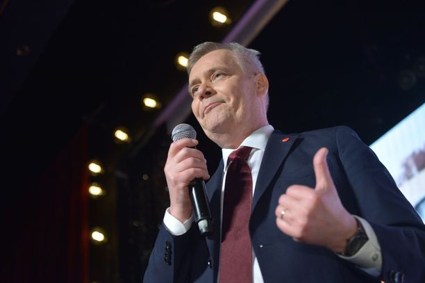 SDP:n puheenjohtaja Antti Rinne lähtee yrittämään hallituksen kasaamista ensimmäisenä.