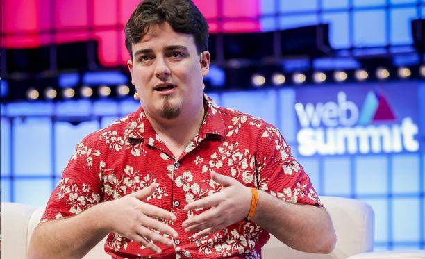 Palmer Luckey Web Summit -tapahtumassa Lissabonissa.