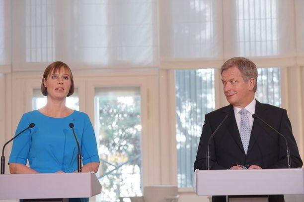 Suomen presidentti Sauli Niinistö ja Viron presidentti Kersti Kaljulaid Mäntyniemessä.