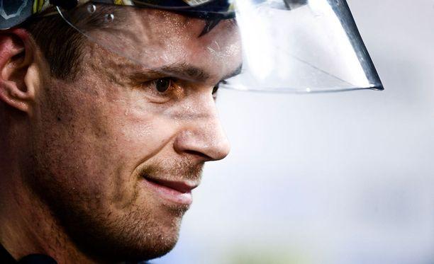 Pekka Rinne pysäytti 16 laukausta ja piti nollan.