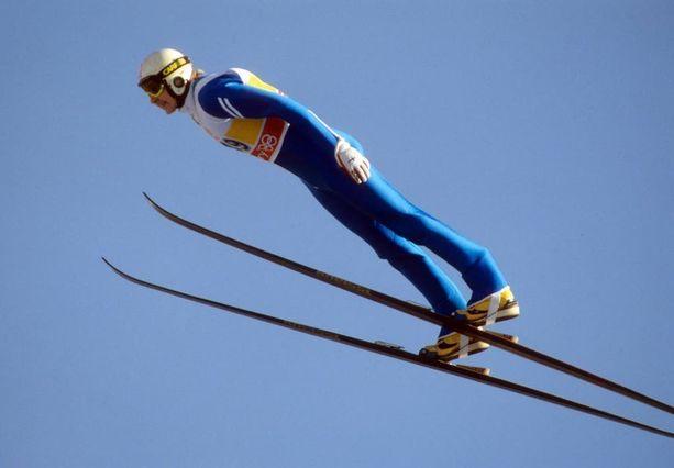 Matti Nykänen tyylinäyte Calgaryn olympialaisissa vuonna 1988. Matti voitti kolme olympiakultaa.