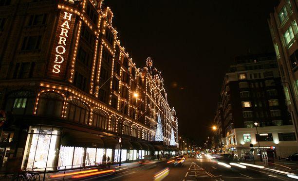 Knightsbridge, Lontoo, Iso-Britannia.