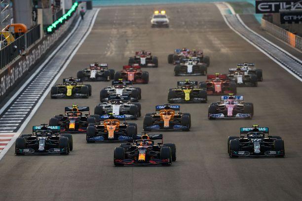 F1-tallit eivät aja sarjassa ilmaiseksi.