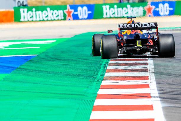 Ratarajat ovat Max Verstappenin akilleen kantapää.