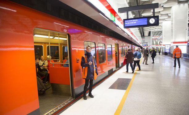 Ensi perjantaina metroliikenne on pysähdyksissä.