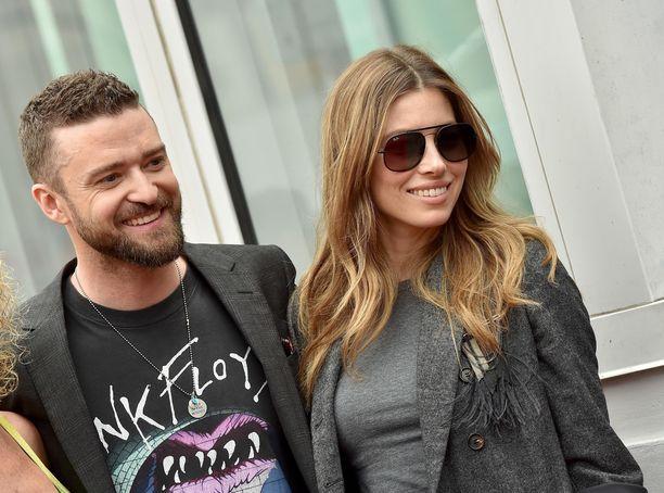 Jessica Biel ja Justin Timberlake nähtiin Hollywood Boulewardilla yhdessä.