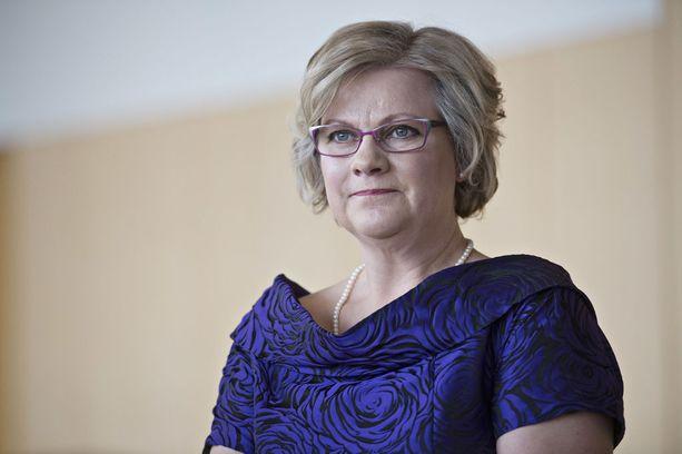 Sipilä-säätiön puheenjohtaja Minna-Maaria Sipilä esiintyy julkisuudessa harvakseltaan. Kuva valtiopäivien avajaisista vuodelta 2015.