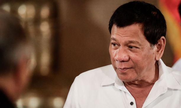 Filippiinien presidentti puhuu kovia.