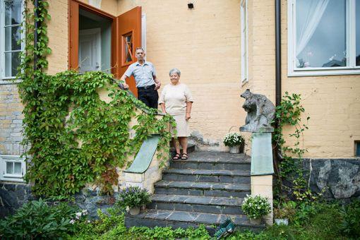 Kirsti ja Pasi Santaholma lunastivat Kirstin lapsuudenkodin vuonna 1994.