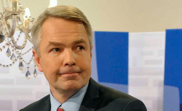 Haaviston mielestä Hautalan on jätettävä tehtävänsä ministeriryhmässä.