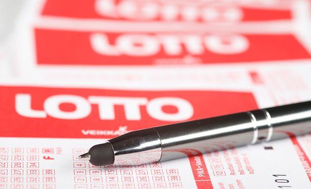 Loton uudistus muutti voittojen saamisen todennäköisyyttä.