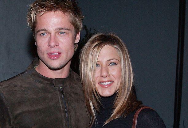 Brad Pitt ja Jennifer Aniston olivat naimisissa vuodet 2000-2005. Valokuva vuodelta 2001.