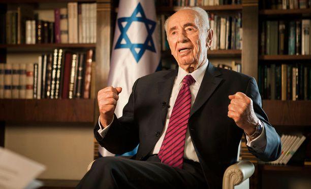 Israelin entinen presidentti Shimon Peres on tehohoidossa saatuaan aivohalvauksen.