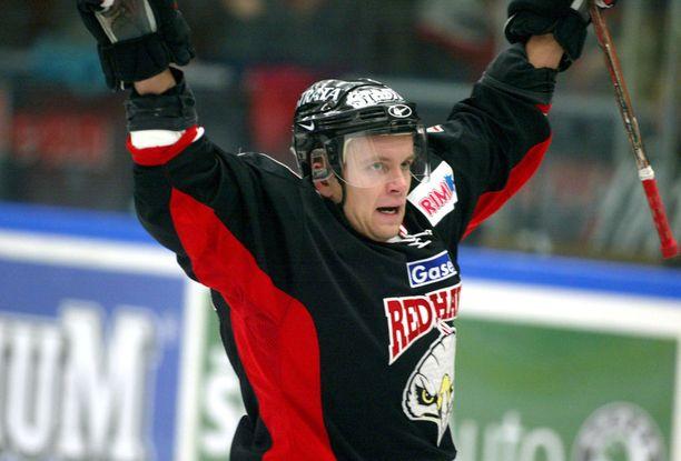 Suursoo oli Viron ensimmäinen NHL-varaus, mutta Red Wingsin sijaan peliaikaa löytyi Redhawksista Malmöstä.