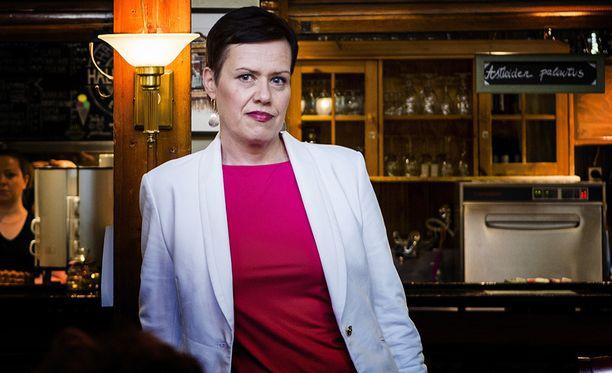 """SDP:n varapuheenjohtajan Maarit Feldt-Rannan mukaan """"on huolestuttavaa, että pääministeri on joutunut korjaamaan sanomisiaan useampaan kertaan""""."""