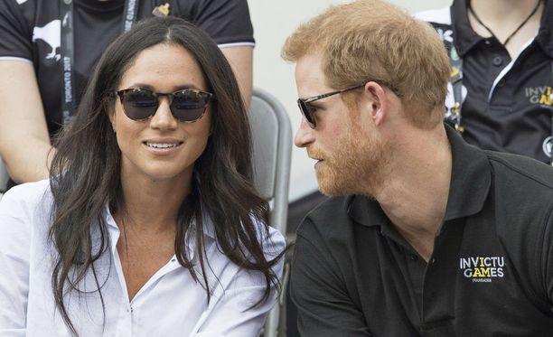Prinssi Harry ja näyttelijärakas Meghan Markle vaihtoivat kihloja aiemmin tässä kuussa Lontoossa.