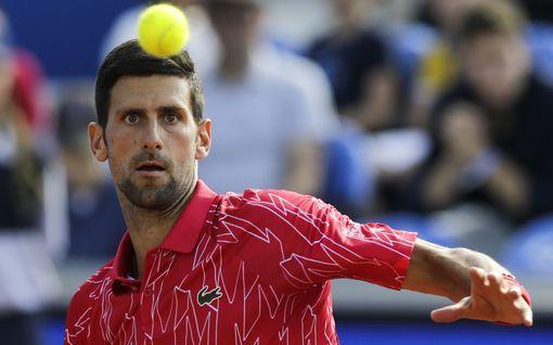 """Supertähtien turnauksesta tuli farssimainen viruslinko – nyt Novak Djokovic vastaa kritiikkiin: """"Noitajahti"""""""